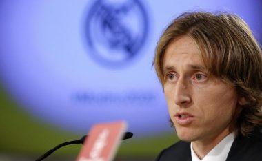 Modric refuzoi 20 milionë euro në vit për të qëndruar te Real Madridi