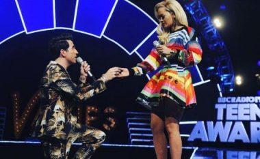 Rita Ora i thotë 'PO' martesës: Kush është dhëndri i ardhshëm i Kosovës? (Foto)