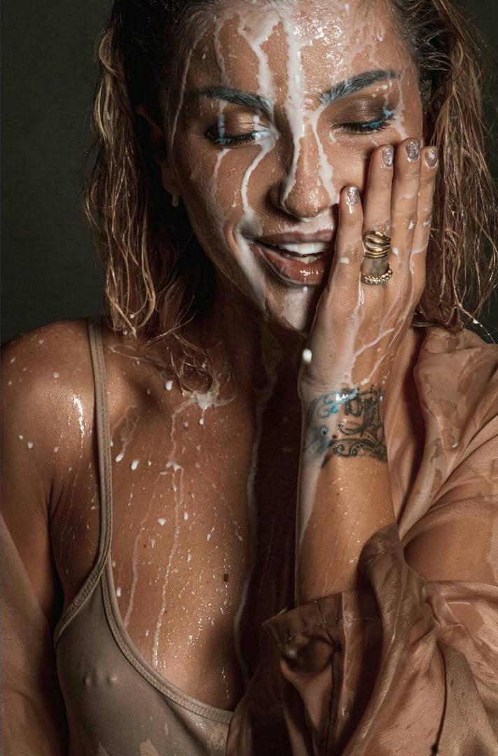 Vajza e aktores Rita Lati, Roza, është e njohur edhe për imazhet 'e nxehta' që i publikon.