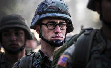 Të gjitha studiot e mëdha e refuzuan filmin për Snowden