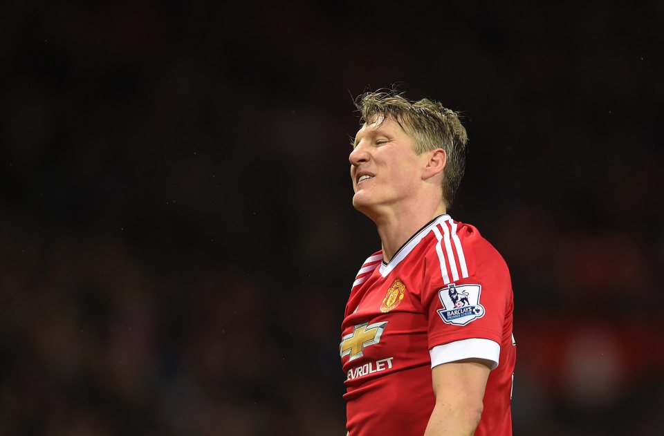 epa05446998 (FILE) A file photograph showing Manchester United's Bastian Schweinsteiger reacts during the English Premier League soccer match between Manchester United and West Ham United at Old Trafford, Manchester, Britain, 05 December 2015. Media reports on 29 July 2016 that German Bastian Schweinsteiger has become the latest victim of Jose Mourinho's 'clear-out at Manchester United. EPA/PETER POWELL EDITORIAL USE ONLY. No use with unauthorized audio, video, data, fixture lists, club/league logos or 'live' services. Online in-match use limited to 75 images, no video emulation. No use in betting, games or single club/league/player publications *** Local Caption *** 52436388